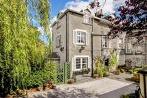 Stone House to rent in York Place, Harrogate...
