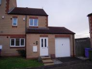 3 bedroom semi detached home to rent in Riverhead Gardens...