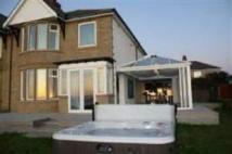3 bed semi detached property in The Cliffs, Heysham...