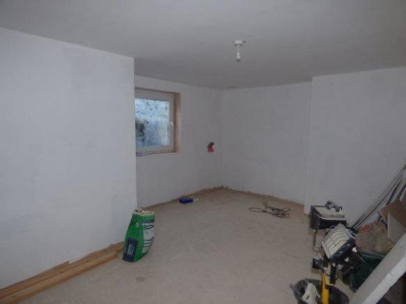 Flat 1 Bedroom Two
