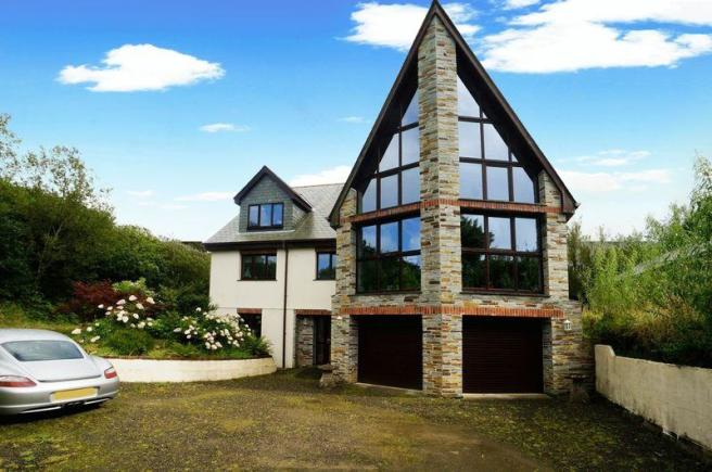 4 Bedroom Detached House For Sale In Helstone Camelford PL32