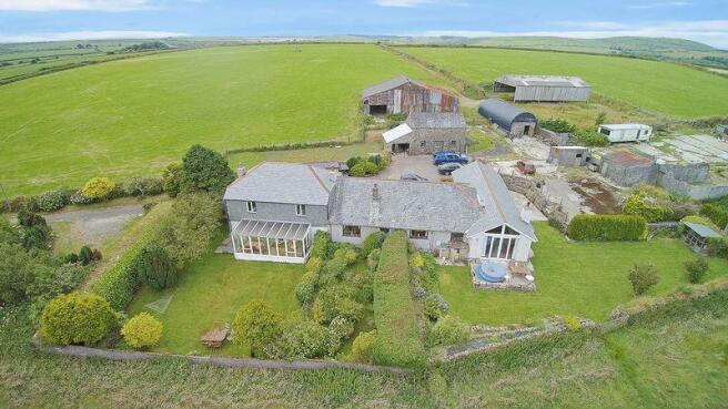 Houses/Farm