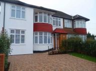 2 bed Flat to rent in Ivory House...