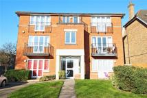 2 bedroom Apartment in Goodhall Close...