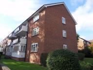 2 bedroom Flat to rent in Calthorpe Gardens...