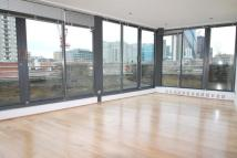 1 bedroom Flat to rent in Thrawl Street...