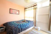 3 bed Flat in Wollaston Close...