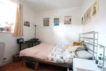 3 bed Flat to rent in Long Lane, Borough...