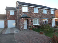 3 bedroom semi detached house in 8 Badger Hill Drive...