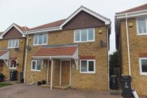 3 bedroom semi detached house to rent in Brook Close, Herne Bay