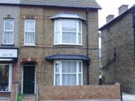 Ground Flat to rent in High Street, Herne Bay,