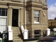 1 bed Ground Flat in Dolphin Street...