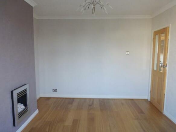 linden- living room b