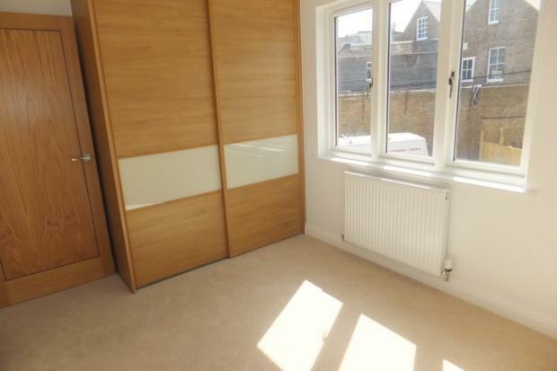 VictoriaMews-bedroom1b