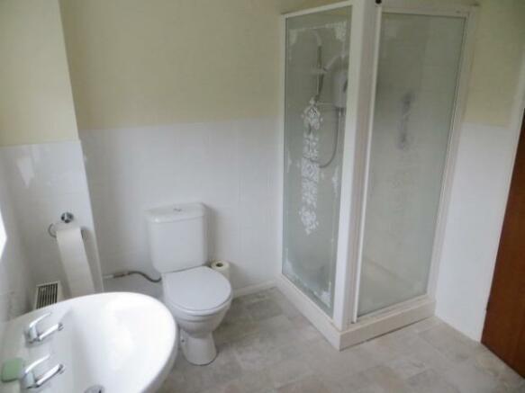 Tyndale Park bathroom a