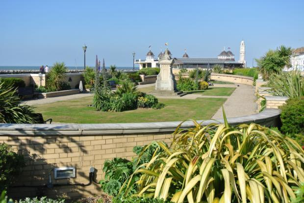 HB-seafront gardens 1