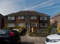 Ground Flat to rent in Chyngton Road, Seaford...