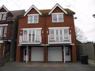 3 bed semi detached house to rent in Ramsgate