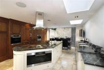 5 bedroom Terraced property in Montholme Road...