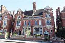 2 bed Flat in Nightingale Lane...