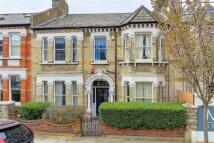 6 bedroom Terraced property in Devereux Road...