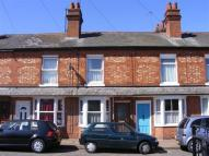 3 bed Cottage in Russell Street...