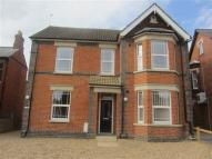 Apartment to rent in Queensway, Bletchley...