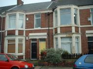 3 bedroom Flat in Doncaster Road...