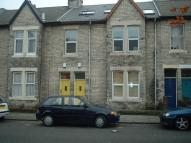 3 bedroom Apartment to rent in Eighth Avenue, Heaton