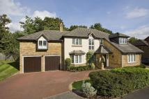 5 bed Detached property in Englefield Green, Surrey