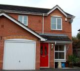 3 bedroom semi detached house to rent in Latham Avenue...
