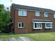 1 bedroom semi detached property to rent in Kinross Close, Fearnhead...