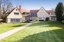 6 bed Detached property in Homestead Road...