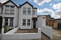 2 bedroom End of Terrace house in Croft Road, Bromley