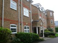 2 bedroom Apartment in Yew Place...
