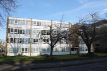 2 bed Flat to rent in Main Road, Sidcup, Kent...