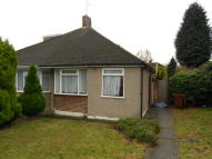 2 bed Semi-Detached Bungalow to rent in Burnham Road, Sidcup...