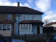 3 bedroom semi detached home to rent in Aperfield Road, Erith...