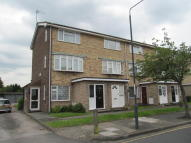 Maisonette to rent in Parkview Road, London...