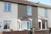 Terraced house to rent in Crescent Road, Erith, DA8