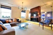 Flat to rent in Cadogan Square Chelsea...