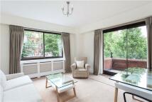 1 bedroom Flat in Cedarland Court...