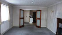 Flat to rent in Lymington Road...