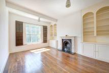 1 bedroom Apartment in Elsynge Road, Wandsworth...