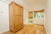 property to rent in Denehurst Gardens, Hendon