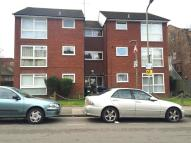 Marlow Court Flat to rent