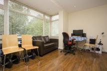1 bed Flat in Sunny Gardens Road...