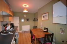 Flat to rent in Topsfield Parade Crouch...