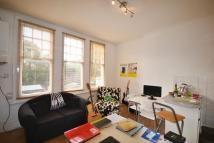 Flat to rent in Dukes Avenue Muswell Hill
