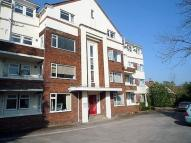 Flat in Ghyll Lodge, Cottingley